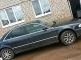 Audi A8, 1995 гв, бу с пробегом 274900 км.